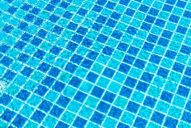 Carreaux de piscine avec surface de l'eau pour le fond
