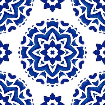 Carrelage abstrait bleu et blanc dessiné à la main motif de mandala étoile aquarelle ornementale sans soudure. texture de luxe élégante pour le tissu et les papiers peints, les arrière-plans et le remplissage des pages.