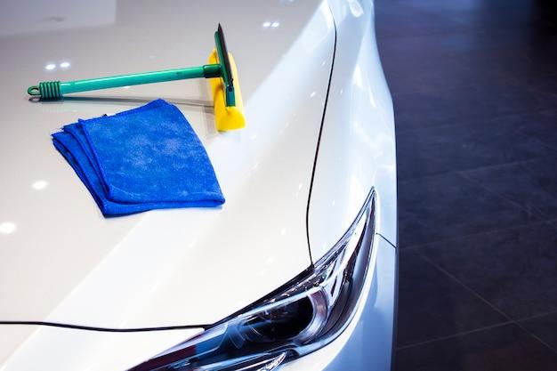 Cette carrière wipping voiture avec led phare pour les clients