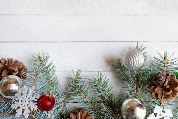 Carte de bonne année, décor. lay à plat, espace de copie