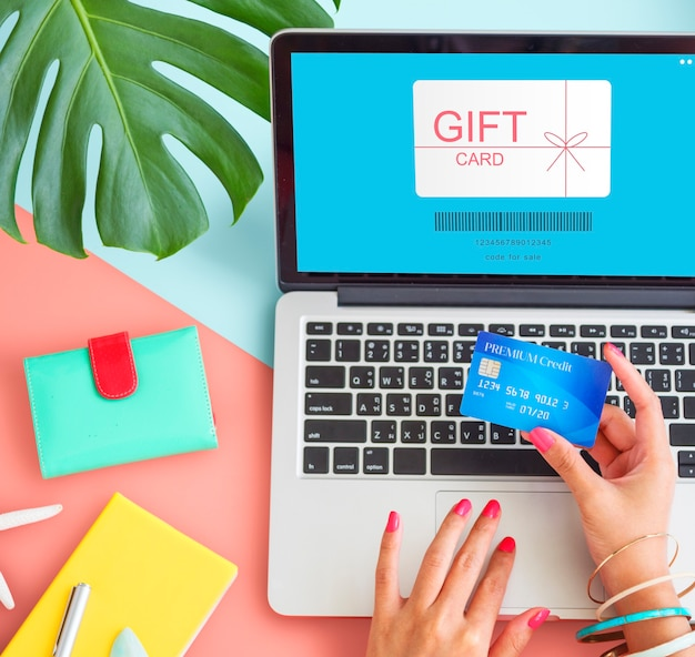 Carte-cadeau coupon certificat shopping concept