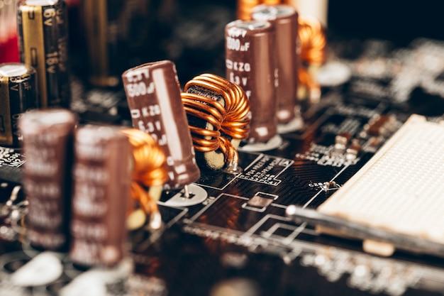 Carte de circuit électronique d'ordinateur avec processeur