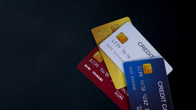 Carte de crédit et ordinateur portable