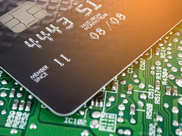 Carte de crédit technologique sur circuit imprimé