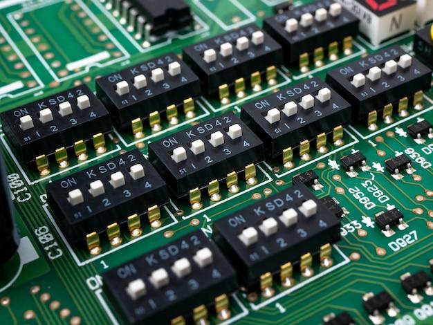 Carte électronique de haute technologie (circuit imprimé) avec technologie de processeur à puce