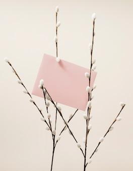 Carte de mariage avec des branches de coton
