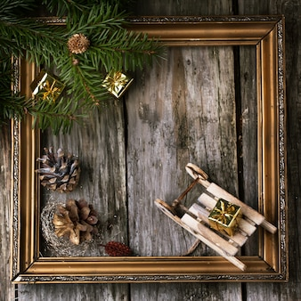 Carte de noël avec cadre vintage