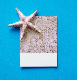 Carte de papier scintillant et brillant