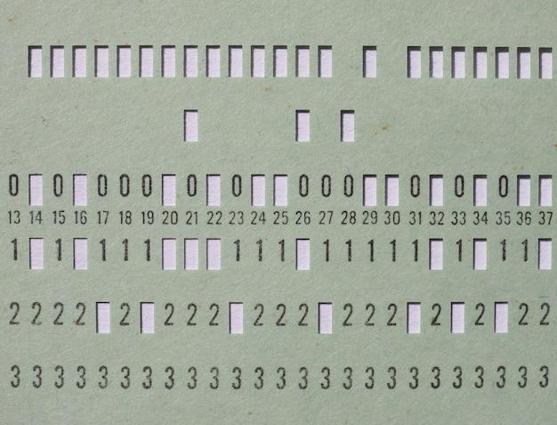 Carte perforée verte pour la programmation