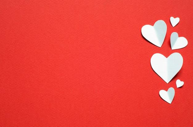 Carte postale de la saint-valentin. concept d'amour pour la fête des mères et la saint-valentin. vue de dessus. espace de copie