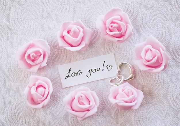 Carte de saint valentin avec déclaration d'amour