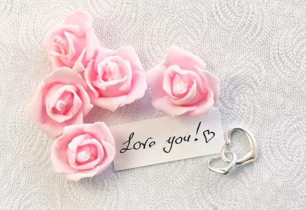 Carte de saint valentin avec note amour confession