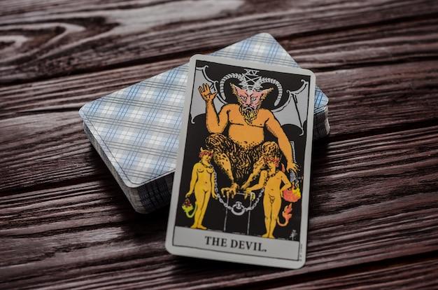 Carte de tarot: le diable