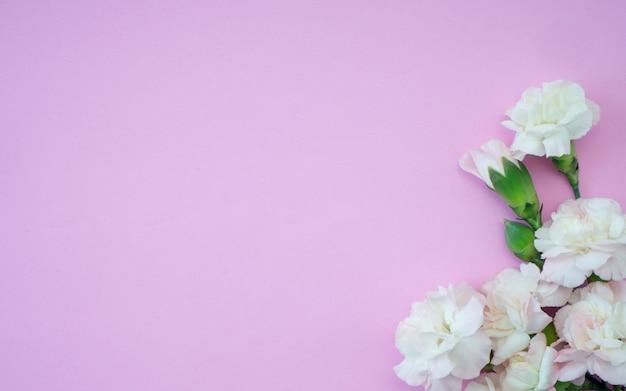 Carte de voeux fête des mères, bel œillet rose
