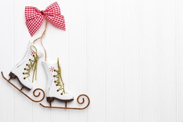Carte de voeux de noël avec des décorations rustiques de noël.