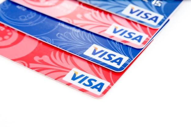 Cartes bancaires en plastique