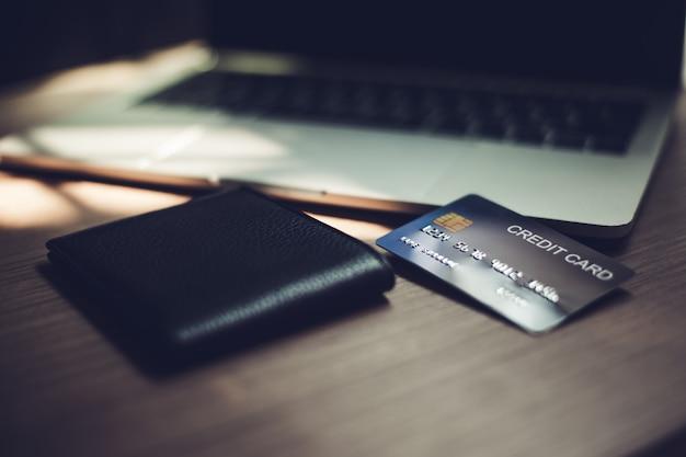 Cartes de crédit, cartes de crédit pour les transactions financières.
