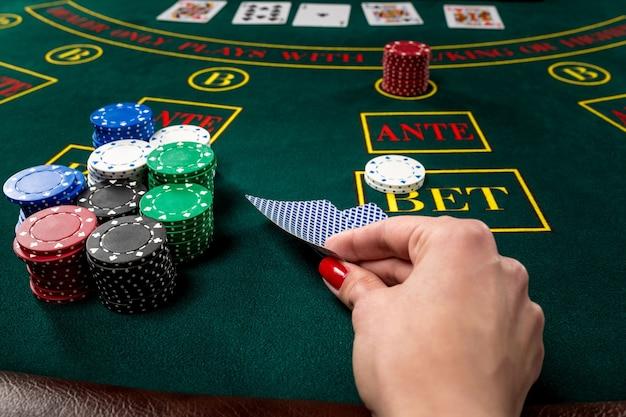 Cartes à Jouer Au Poker Photo Premium