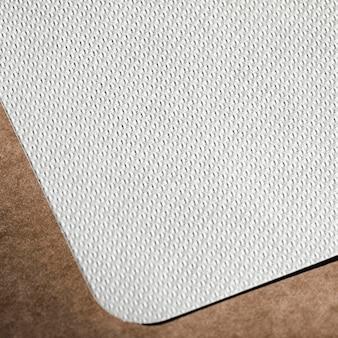 Carton texturé blanc plat
