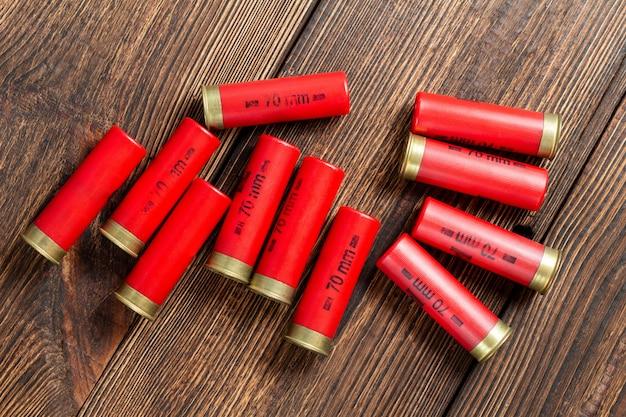 Cartouches de chasse rouges