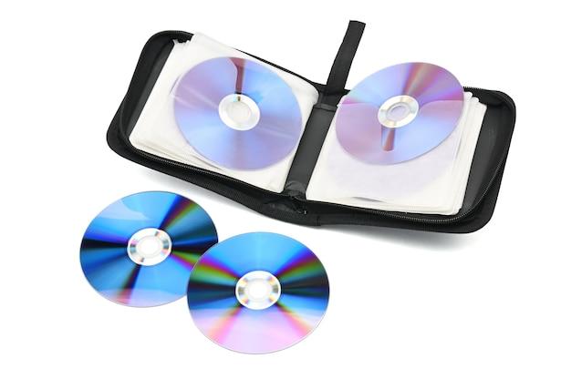 Cas pour cd et dvd sur fond blanc