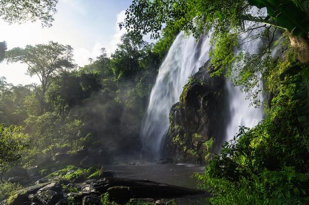 Cascade de klong lan.