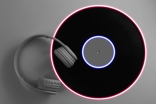 Casque avec disque vinyle