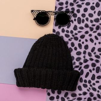 Casquette noire élégante et lunettes de soleil. mode urbaine swag