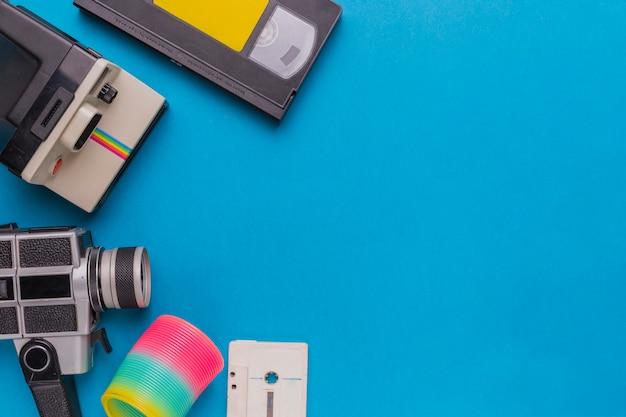 Cassette vidéo avec appareil photo vintage
