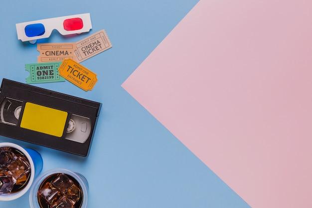 Cassette vidéo avec des lunettes 3d