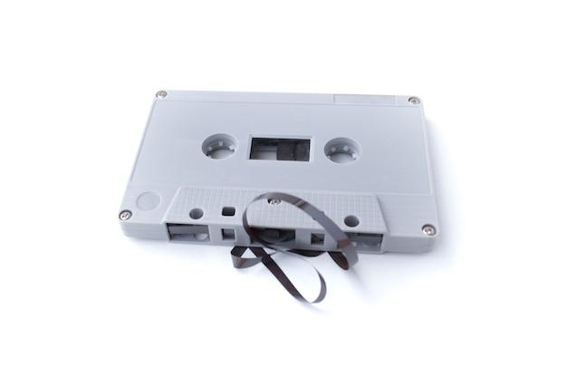Cassette vintage isolé sur fond blanc