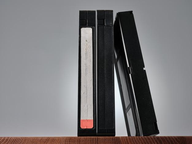 Cassettes vidéo vhs sur la table