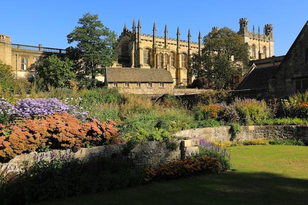 Cathédrale christ church, collège et jardins commémoratifs, oxford, angleterre