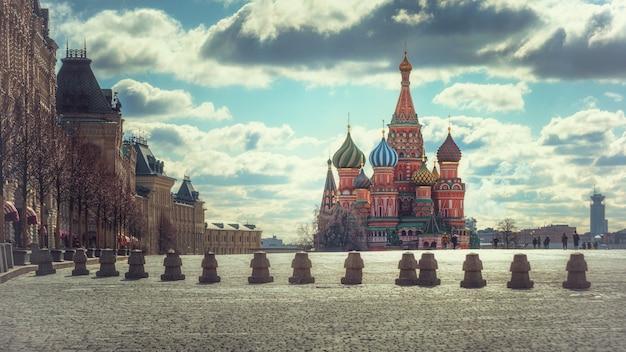 La cathédrale saint-basile, à la place rouge, moscou, russie