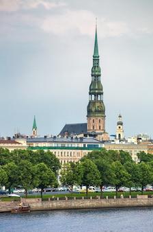 Cathédrale saint-pierre de riga, lettonie