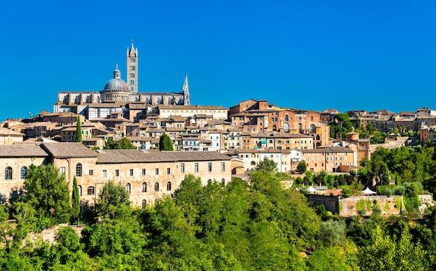 La cathédrale de sienne, en toscane, italie