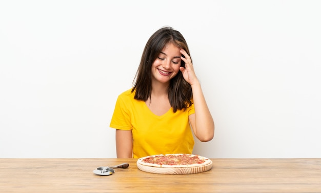 Caucasien, girl, à, pizza, rire
