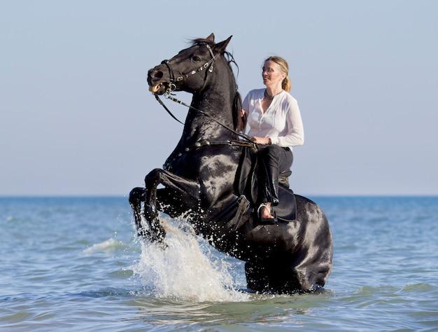 Cavalière à la mer