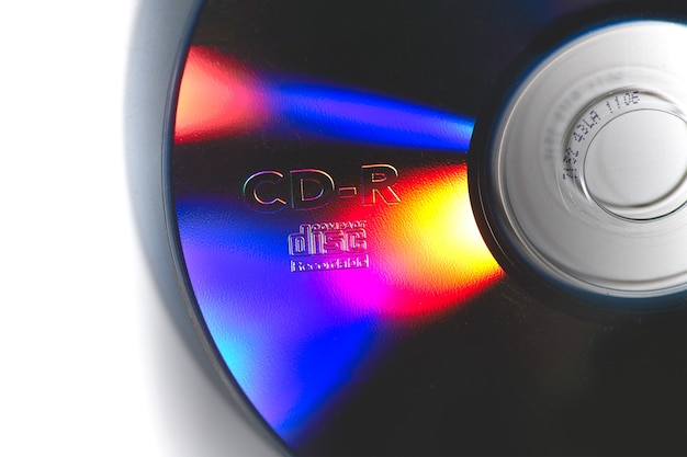 Cd de données avec lumières colorées réfléchissantes