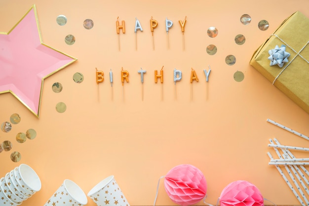 Célébration de fête, carte de voeux de joyeux anniversaire
