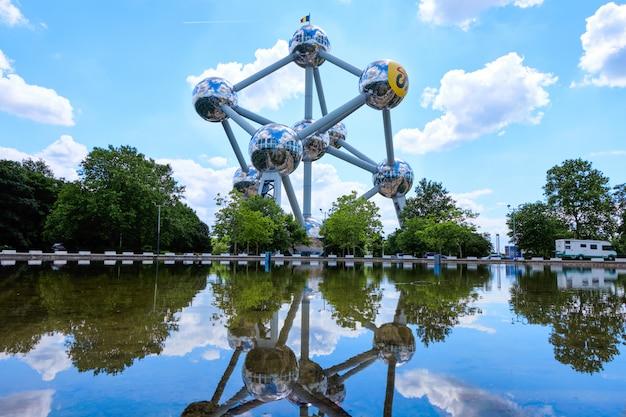 Le célèbre monument de l'atomium