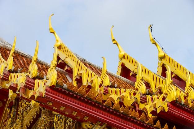 Le célèbre temple de marbre benchamabophit de bangkok en thaïlande