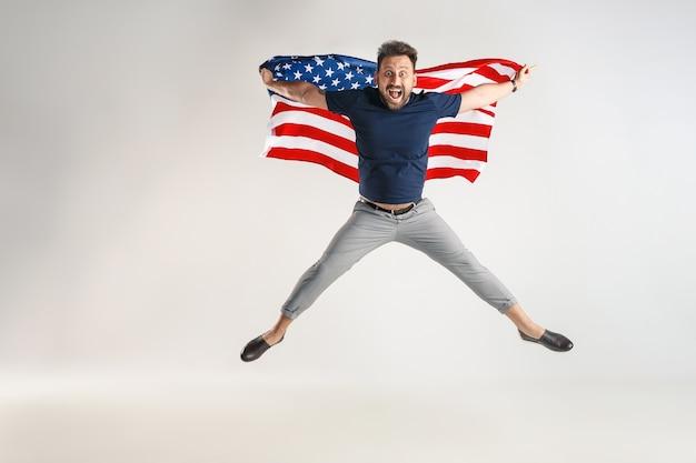Célébrer un jour de l'indépendance.