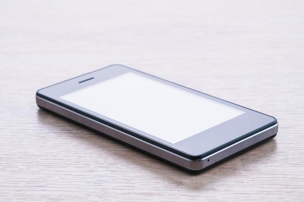 Cellulaire intelligent ou téléphone mobile