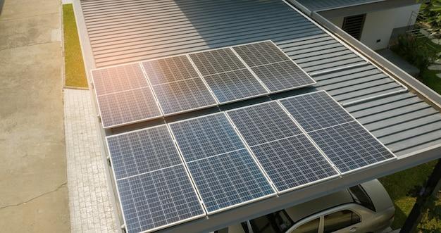 Cellules solaires sur le toit