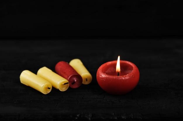 Cendres colorées de bougies