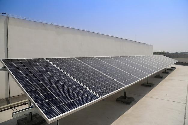 Centrale d'énergie solaire