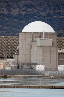 Centrale nucléaire dans le centre de l'espagne