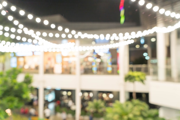 Centre commercial flou abstrait et défocalisé et magasin de détail
