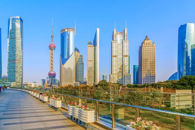 Centre-ville célèbre tour gratte ciel panorama paysage urbain